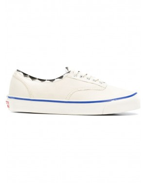 Vans Vault OG Authentique LX (Inside Out) | Blanche | Sneakers V00UDDU9N